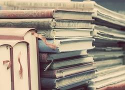 pilha de livros.tumblr