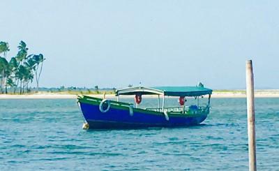 Por mar V