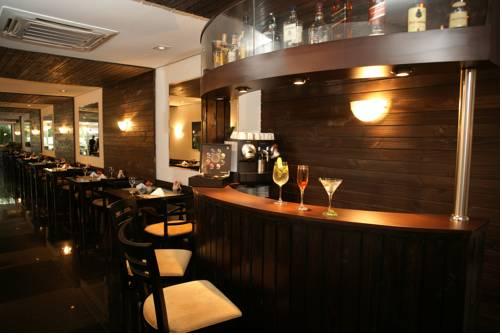 royal jardins boutique hotel bar