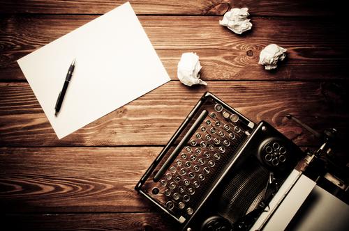 shutterstock_writemachine