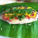 peixe-em-folha-de-bananeira